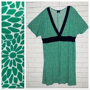 Torrid dress green white navy blue | 22 | kimono